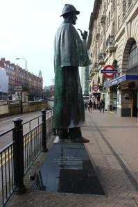 statue baker street sherlock holmes londres